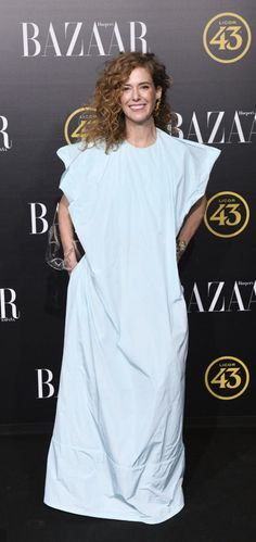 Catalina D'Anglade en los premios Harper's Bazaar 2019. Harper's Bazaar, In This Moment, Events, Fashion, Door Prizes, Moda, Fashion Styles, Fasion