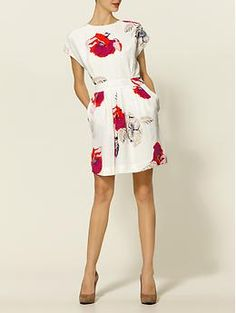 juicy couture poppy print dress. I really think this dress is so cute!