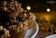 Banánové muffiny s granolou Granola, Recipes, Food, Granola Cereal, Meals, Yemek, Muesli, Recipies, Eten