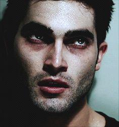 Derek Hale - Teen Wolf !