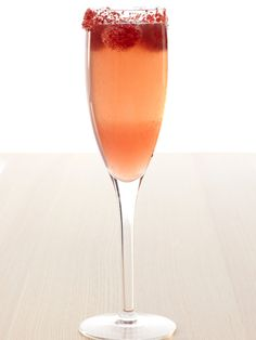 Signature Wedding Cocktails:  Fizzy Lizzy...This simple, fruity drink is a cross between a top-shelf margarita and a champagne cocktail.  #DIYWeddings