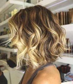 24 Trendy Hair Color Highlights For Summer Ombre Beach Waves Medium Hair Cuts, Short Hair Cuts, Medium Hair Styles, Curly Hair Styles, Curly Short, Haircut Medium, Curly Pixie, Short Curls, Haircut Short