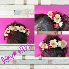 Elegante y sofisticado tocado floral