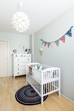 boho deco chic una habitacin de bebe escandinava con toques de color