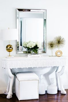 3 Ways to Decorate a Console - The Chriselle Factor #TheChriselleFactor