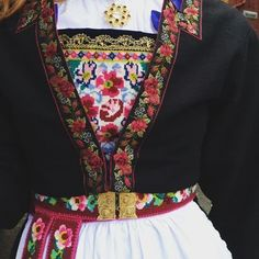 Folk Costume, Costumes, Lolita Cosplay, Folk Clothing, Culture Club, Snow Queen, Traditional Dresses, Fashion Outfits, Womens Fashion