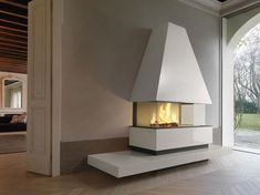 Piazzetta Goteborg Panoramic Fireplace and Hood. Hand finished majolica cladding and electronic door system. Outside Fireplace, Fireplace Mantels, Fireplaces, Wood Burning Fires, Ceramic Materials, Steel Structure, Open Plan Living, Cladding, Modern Farmhouse
