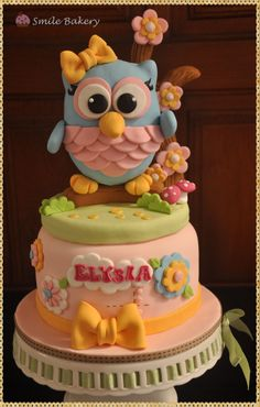 - smile bakery -Fondant Owl Cake Topper Owl Cake birthday party girl boys kids kid chil children Owls Owl hibou gateau