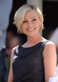 Portia de Rossi Photos - Portia de Rossi Shares An Apple With Her Horse - Zimbio