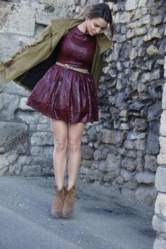 Sara Boruc w naszym karnawałom hicie!  http://sugarfree.pl/sukienki/party/sukienka_vanessa_w_kolorze_burgundowym.html