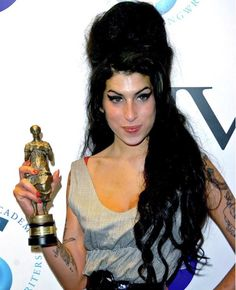 #amy #amywinehouse #queen #singer #singersongwriter