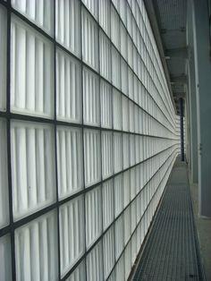 Exterior fluted glass block wall design