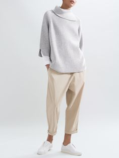 COS | New knitwear for spring