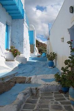 """The image speaks for itself. """" walking on sky and stone…. Cyclades """" Greece Art & Architecture"""