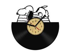 Vinyl Record Clock Snoopy.The package will be by TheVinylEaters. Etsy.com