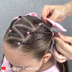 Easy to do ponytail hairstyles with rubber band for girls! Easy to do ponytail hairstyles with rubber band for girls! Easy Toddler Hairstyles, Easy Little Girl Hairstyles, Girls Hairdos, Baby Girl Hairstyles, Kids Braided Hairstyles, Ponytail Hairstyles, Toddler Hair Dos, Kids Hairstyle, Hairstyles For Toddlers