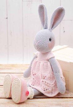 Crochet Bunny Pattern, Crochet Rabbit, Crochet Teddy, Crochet Patterns Amigurumi, Cute Crochet, Amigurumi Doll, Crochet Toys, Knitted Bunnies, Diy Crafts Crochet