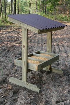Trough Style Deer Feeder – Georgia Outdoor News Forum You are in the right place about Hunting blinds Here we … Quail Hunting, Deer Hunting Tips, Deer Hunting Blinds, Coyote Hunting, Turkey Hunting, Archery Hunting, Pheasant Hunting, Hunting Gear, Deer Feeder Plans