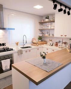 Kitchen plim will continue plim pq this fds we have the Second E . Kitchen Room Design, Modern Kitchen Design, Home Decor Kitchen, Kitchen Interior, Home Kitchens, Decor Interior Design, Interior Decorating, Retro Home Decor, Kitchen On A Budget
