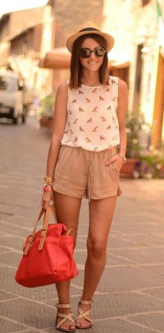 50 Cool Summer Outfits For 2014 lace shorts stripe blouse sunnies! Summer Fashion For Teens, Cool Summer Outfits, Womens Fashion Casual Summer, Summer Fashion Outfits, Summer Outfits Women, Women's Fashion Dresses, Cute Outfits, Summer Shorts, Fashion Ideas