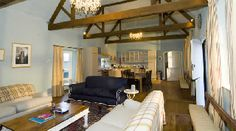 Holiday Cottages Algarve 24 people - Barton Court Nr Ledbury Splendid period country house, in its own 6 acres of grounds, surrounded by glorious countryside. Herefordshire, Tub, Cottage, Luxury, Holiday, People, House, Furniture, Home Decor