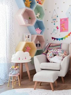 30 Awesome Childs Room Ideas With Wall Decoration Kids Room Design Awesome Childs Decoration Ideas Room wall Girls Room Wall Decor, Girls Bedroom, Bedroom Decor, Bedroom Ideas, Childrens Room Decor, Bed Ideas, Wall Ideas, Nursery Decor, Kids Bedroom Designs