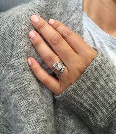 The Engagement Ring Shopping Guide Arab Wedding, Rings N Things, Shopping Hacks, Fashion Advice, Hair And Nails, Jewlery, Fashion Jewelry, Make Up, Wedding Rings
