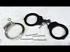 How to Pick Handcuffs with a Bobby Pin - Survival Hack - YouTube
