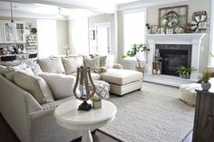 53 Cozy Living Room Apartment Decor Ideas cool Cozy Living Room Apartment Decor Ideas Tips & Guide The Most Popular Cozy Living Room Apartment Decor Ideas With a complete white for the backdrop. Cozy Living Rooms, Home Living Room, Living Room Furniture, Living Room Designs, Apartment Living, Romantic Living Room, Cozy Apartment, Salons Cosy, First Apartment Decorating