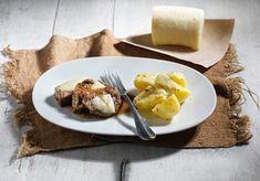 μοσχάρι πιπεράτο Greek Recipes, Baked Potato, French Toast, Muffin, Beef, Baking, Breakfast, Ethnic Recipes, Food