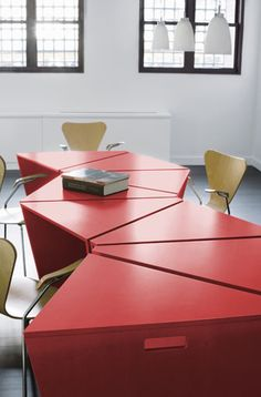 Octavo Desks in Lacquered MDF by Lepere