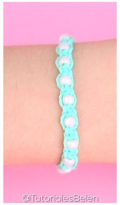 Diy Friendship Bracelets Tutorial, Diy Friendship Bracelets Patterns, Diy Bracelets Easy, Summer Bracelets, Bracelet Tutorial, Ankle Bracelets, Beaded Bracelets, Rainbow Loom Bracelets Easy, Embroidery Thread Bracelets