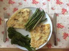shiitake mushroom omelette with steamed broccoli and asparagus always sets me up in the morning!