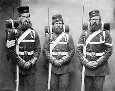 Unrasierte Soldaten im Krim-Krieg 1854.