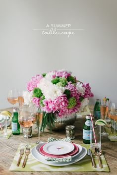 Read More on SMP: http://www.stylemepretty.com/living/2013/07/02/a-summer-tablescape-from-waiting-on-martha/