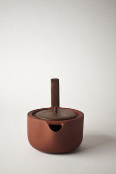 Aureola tea set by Luca Nichetto.