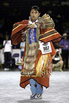 PowWow Dancer of National Museum of the American Indian. Native American Dress, Native American Regalia, Native American Women, American Indian Art, Native American History, Powwow Regalia, Walk In The Spirit, Folk, Pow Wow