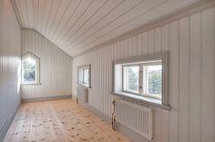 Ungefär såhär kommer barnens rum och en toalett se ut i framtiden, fast med ett fönster mindre. Blir små rum så det gäller att utnyttja utrymmet rätt!