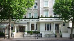 Reserve your next stay at Hotel Xenia, Autograph Collection, our hotel in Kensington, London with boutique accommodations and luxury amenities. Boutique Hotels London, Small Boutique Hotels, London England Hotels, London Hotels, Hotels And Resorts, Best Hotels, Xenia Hotel, Premier Inn, Victorian Buildings