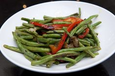 green beans with red pepper and shallots