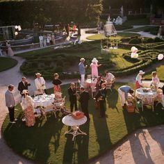 Slim Aarons 'Garden Party' Miami 1970