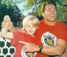 Macaulay Culkin and Arnold Schwarzenegger