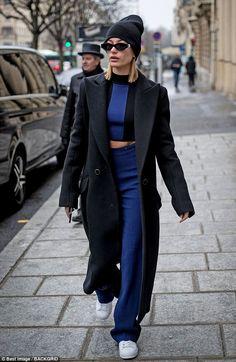 Hailey Baldwin looks chic in Paris Be a babe in blue like Hailey Baldwin in David Koma Estilo Hailey Baldwin, Hailey Baldwin Style, David Koma, Fashion Killa, Look Fashion, Winter Fashion, Fashion Outfits, Babe, Outfits Inspiration