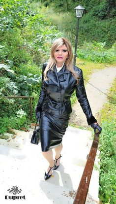 my little obsession Leather Dresses, Leather Skirt, Hot Shoes, Skin Tight, Suits For Women, Ladies Suits, Leather Gloves, Classy Outfits, Leather Fashion