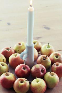 Äpfel als Deko...  Ich habe extra nur für Zier und Dekoäpfel einen Baum bei uns eingepflanzt... Autumn, Fruit, Food, Tree Structure, Dekoration, Fall Season, Essen, Fall, Meals