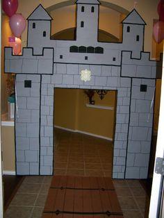 Castle+Entrance.JPG 1,202×1,600 pixels