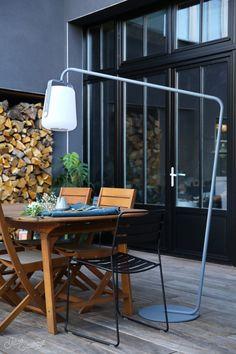 Notre terrasse - L'avant / Apres #hometour - jesus-sauvage Outdoor Tables, Outdoor Decor, Coffee Shop, Outdoor Living, Outdoor Furniture Sets, Pergola, Sweet Home, Jesus, Interior