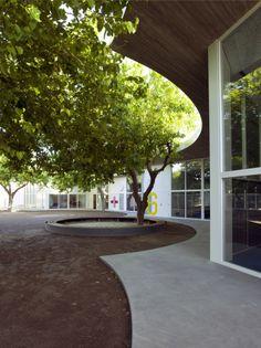 Kid's University in Gandía / Paredes Pedrosa