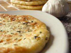 Naans à l'ail, huile d'olive et Coriandre | Cuisimiam