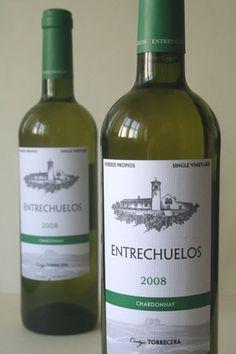 El vino blanco Entrechuelos. Foto: Lola Monforte